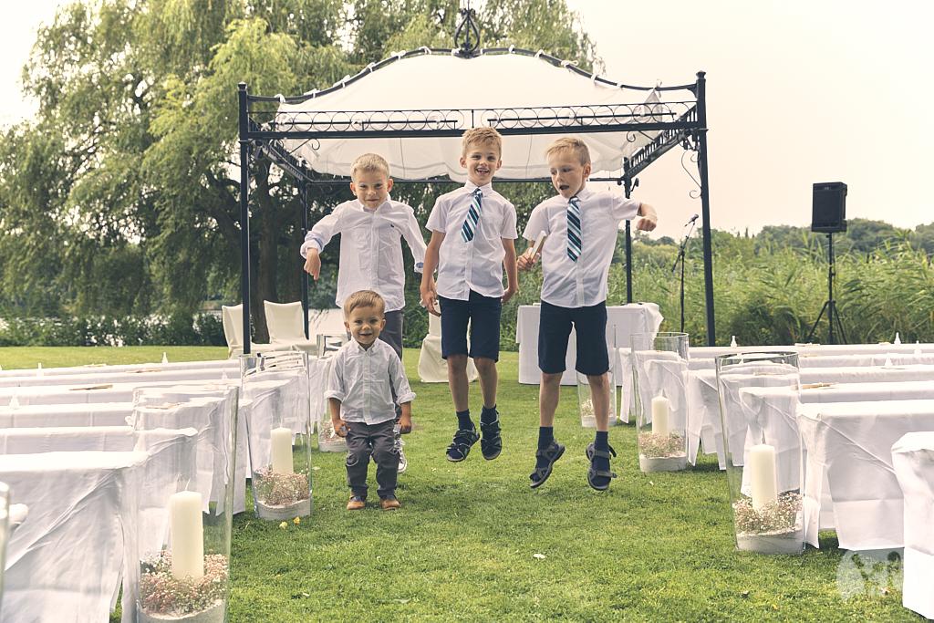 SG9A0316-Landhaus-am-see-Garbsen-Hochzeitsfotograf