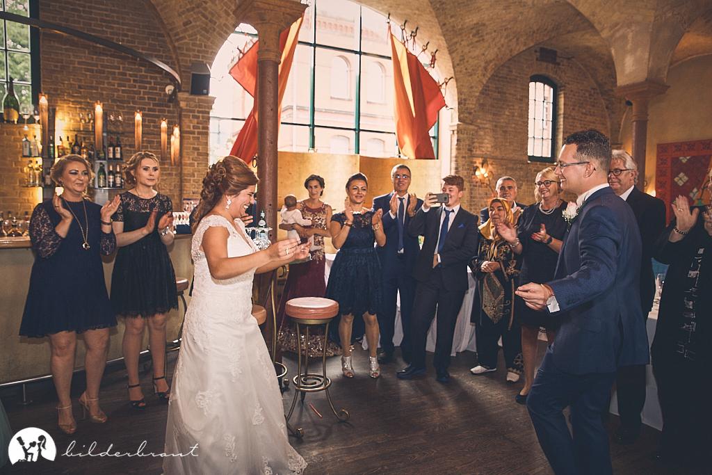 SG9A0414-Hochzeitsfotograf-Hochzeitslocation-Restaurant-Basil-bilderbraut-Hannover