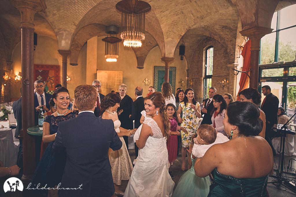 SG9A0435-Hochzeitsfotograf-Hochzeitslocation-Restaurant-Basil-bilderbraut-Hannover