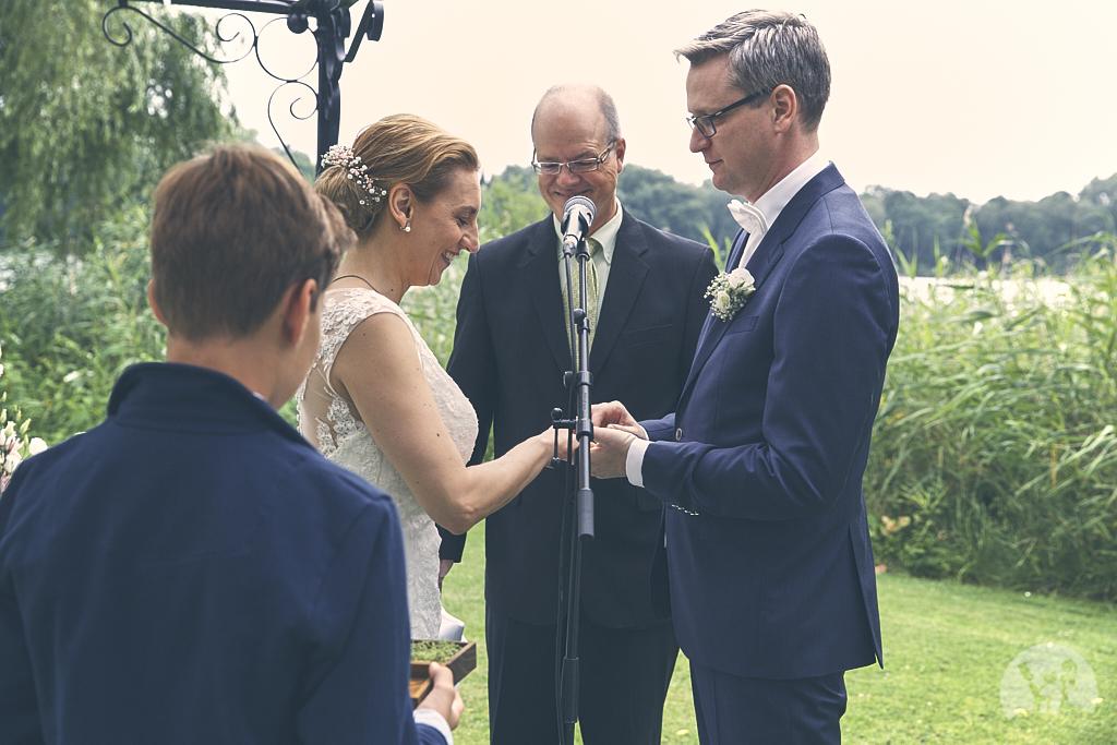 SG9A0529-Landhaus-am-see-Garbsen-Hochzeitsfotograf