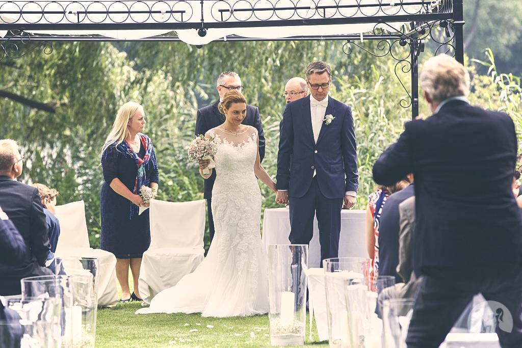 SG9A0581-Landhaus-am-see-Garbsen-Hochzeitsfotograf