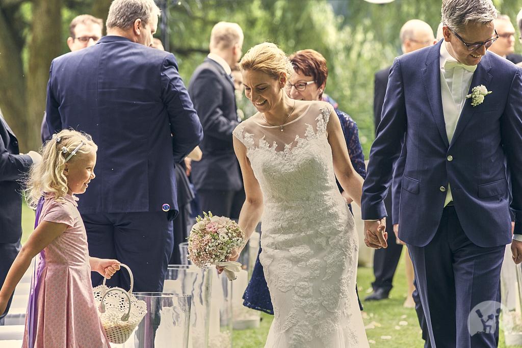SG9A0598-Landhaus-am-see-Garbsen-Hochzeitsfotograf