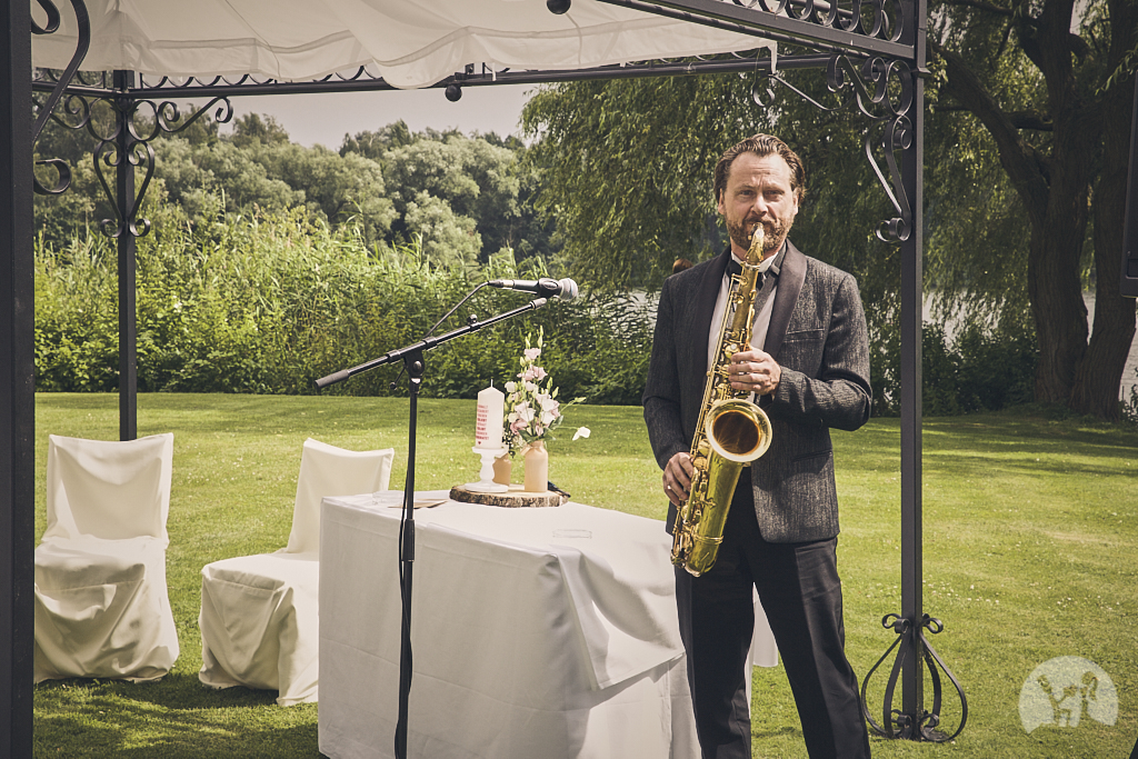 SG9A0629-Landhaus-am-see-Garbsen-Hochzeitsfotograf