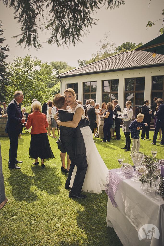 SG9A0681-Landhaus-am-see-Garbsen-Hochzeitsfotograf