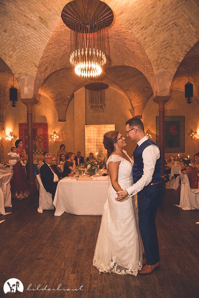 SG9A0743-Hochzeitsfotograf-Hochzeitslocation-Restaurant-Basil-bilderbraut-Hannover