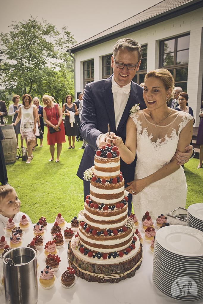 SG9A0787-Landhaus-am-see-Garbsen-Hochzeitsfotograf