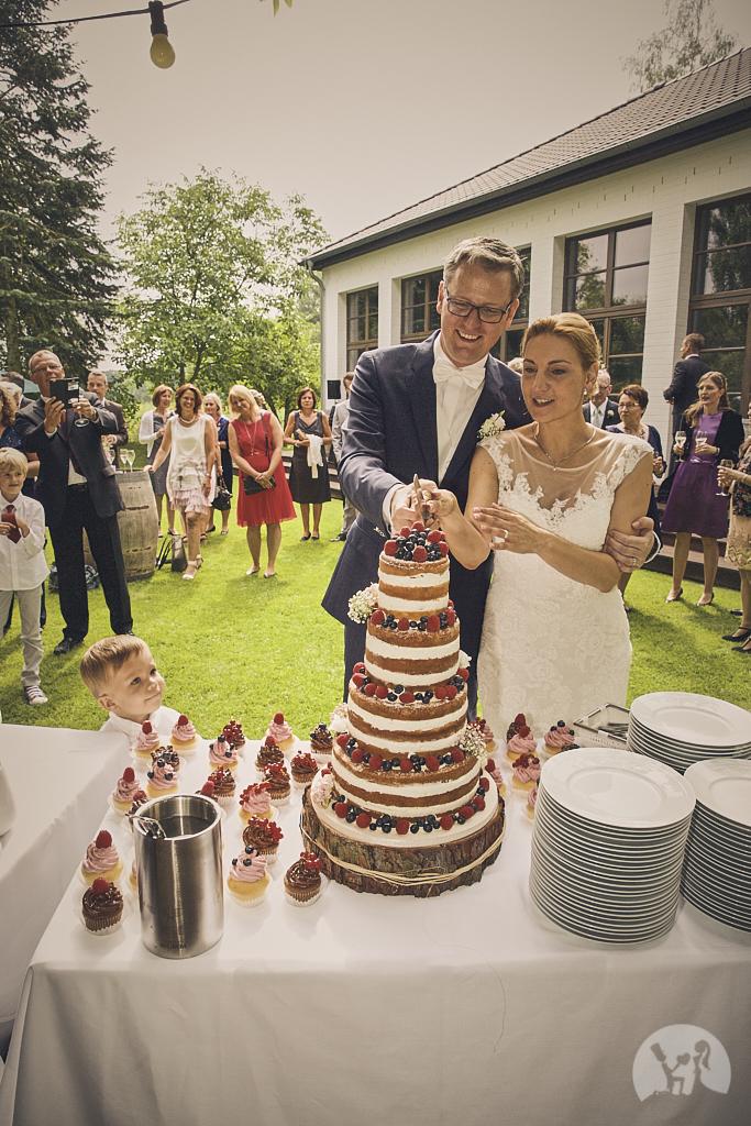 SG9A0788-Landhaus-am-see-Garbsen-Hochzeitsfotograf