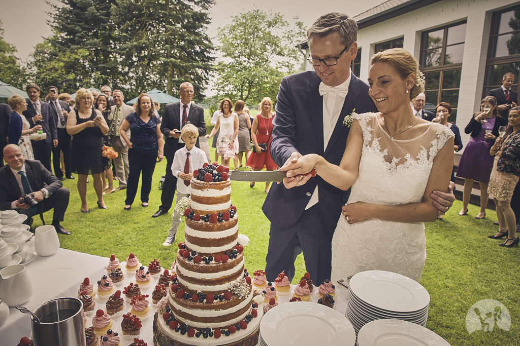 SG9A0794-Landhaus-am-see-Garbsen-Hochzeitsfotograf