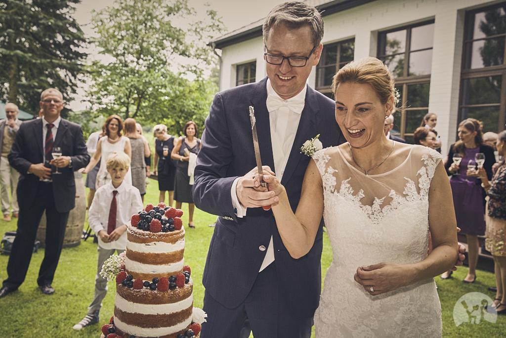 SG9A0795-Landhaus-am-see-Garbsen-Hochzeitsfotograf