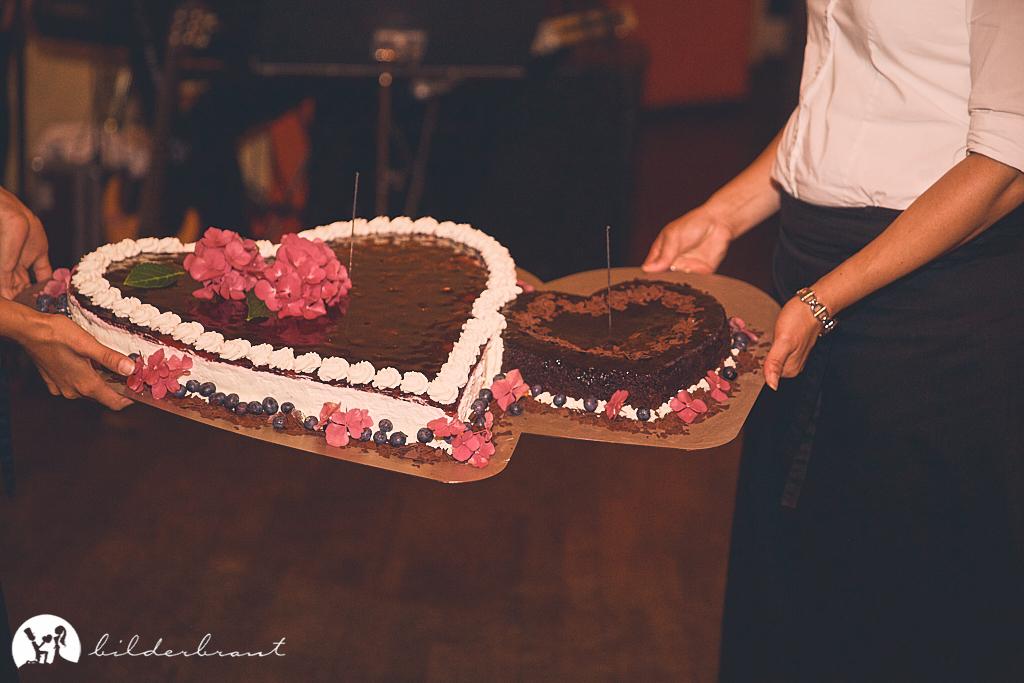 SG9A1016-Hochzeitsfotograf-Hochzeitslocation-Restaurant-Basil-bilderbraut-Hannover
