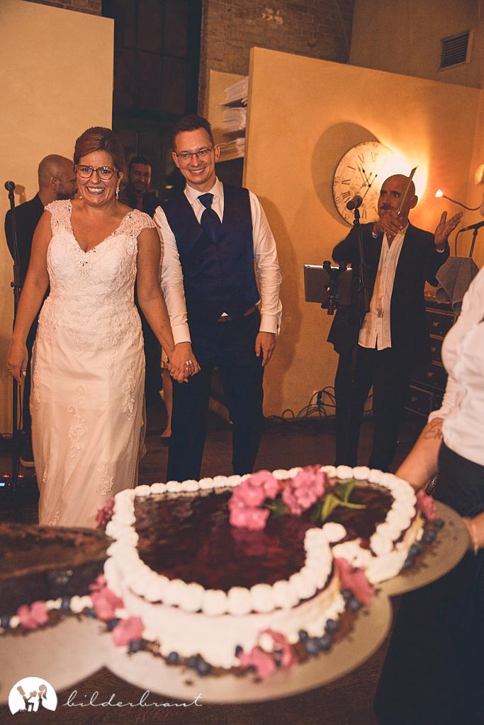SG9A1023-Hochzeitsfotograf-Hochzeitslocation-Restaurant-Basil-bilderbraut-Hannover