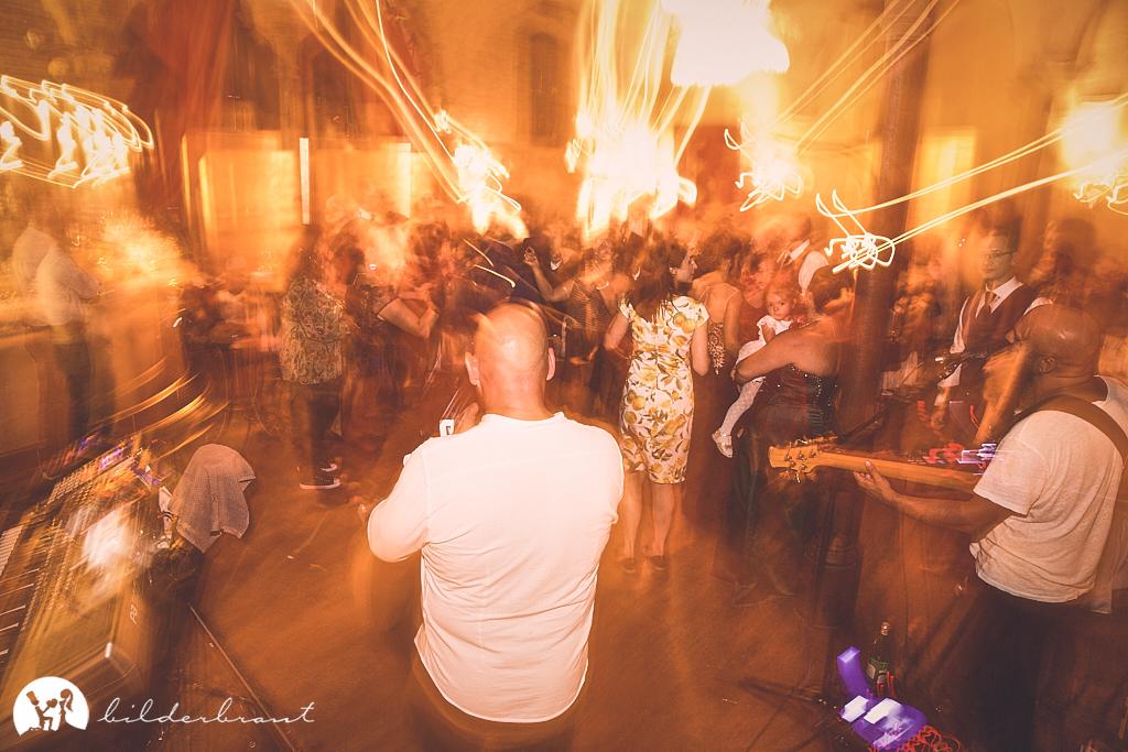 SG9A1227-Hochzeitsfotograf-Hochzeitslocation-Restaurant-Basil-bilderbraut-Hannover